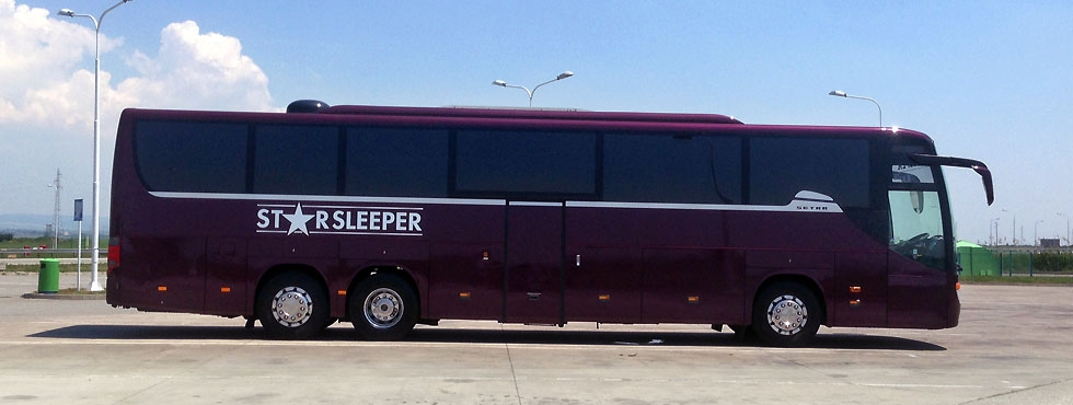 Luxury single decker tour bus